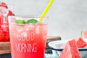 喝果汁比喝可乐健康吗?