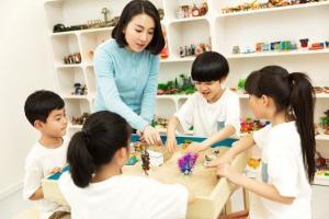 重庆金色雨林儿童感统失调训练培训班